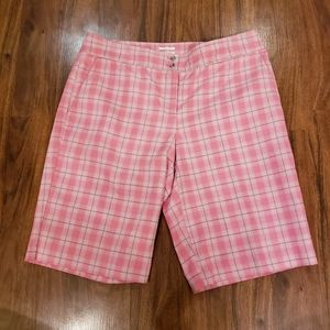 IZOD plaid Bermuda short